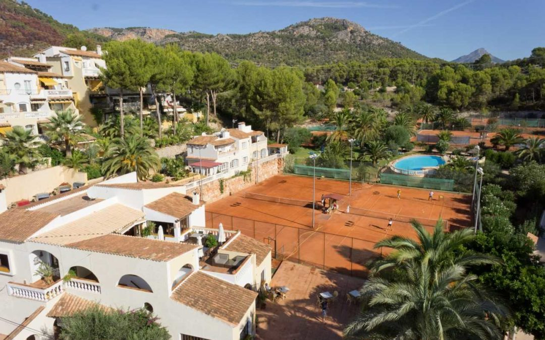 What to expect from a Tennis Breaks Adult Escorted Tennis Holiday